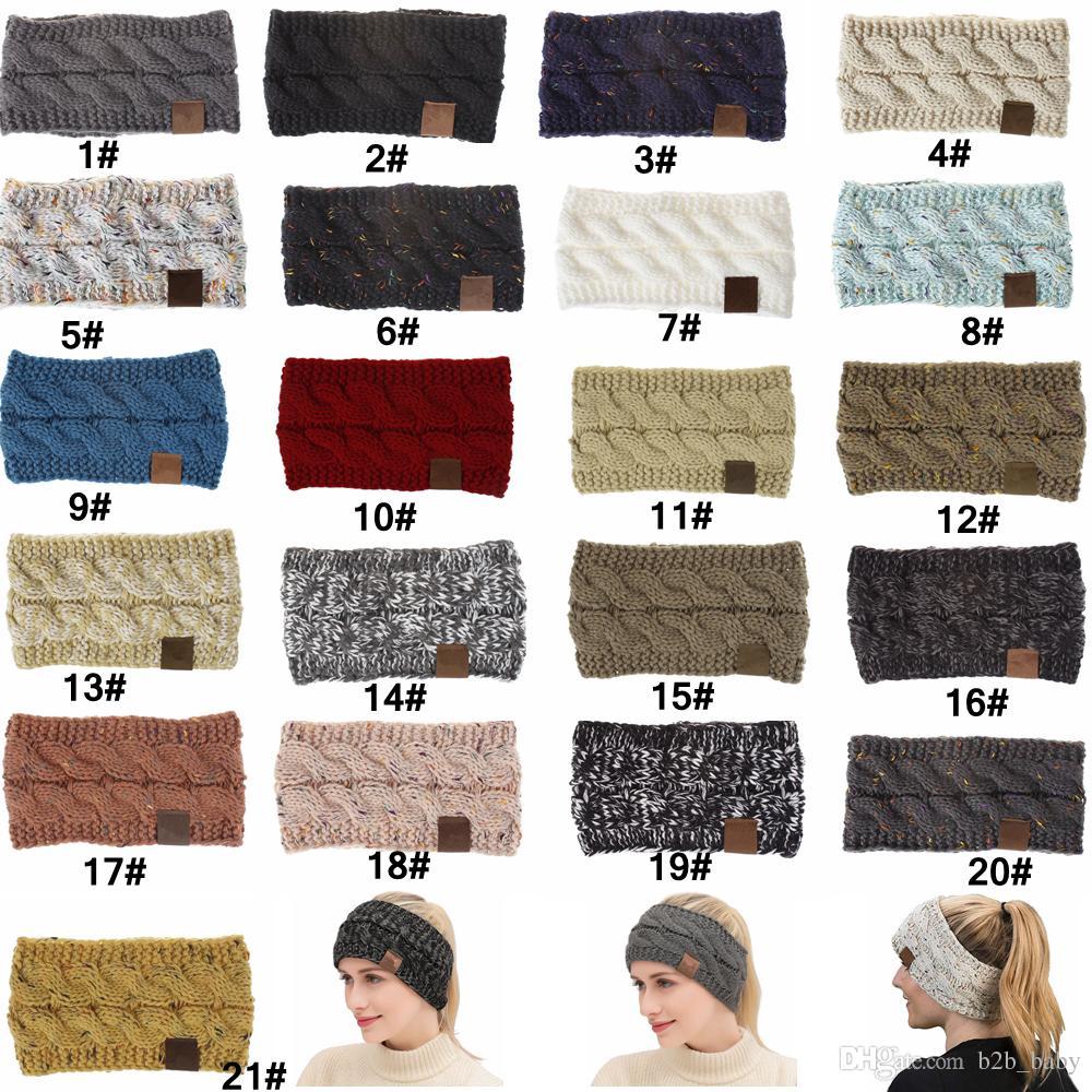 Acquista Fascia Capelli Donna Sport Invernali Crochet Headwrap Fascia  Capelli Fascia Turbante Fascia Orecchio Cuffia Berretto Cuffie AAA836 1 100  Pezzi A ... 60e9bdf2af03