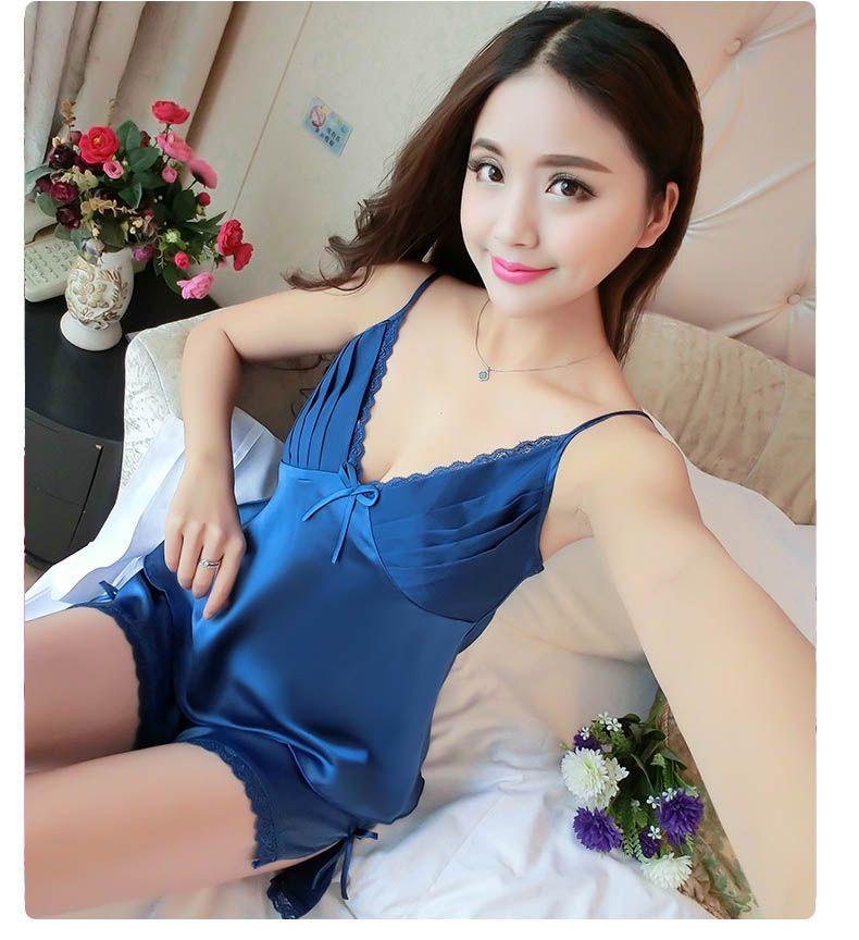 2019 Ladies Summer Sexy Underwear Silk Satin Pajamas Sleeveless Pyjama V  Neck Pijama Set Lace Sleepwear Fashion Nightwear For Women Yl 013 From  Cadier 227565c00