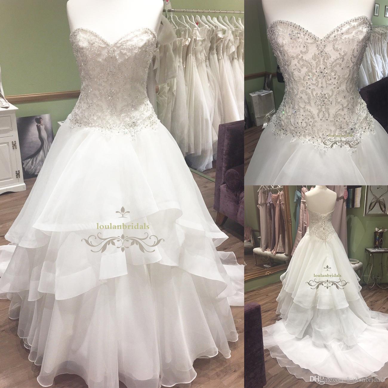 Discount Sweetheart Neckline Curved Basque Waistline Wedding Gown ...