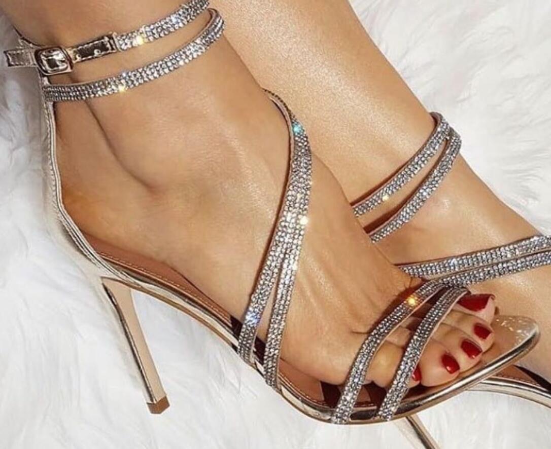 2018 Summer Women Bling Bling Sandals Diamond High Heels Wedding Shoes Thin Heel  Ladies Party Shoes Gladiator Sandals Rhinestone High Heels Black Sandals ... 7405a2939fc7