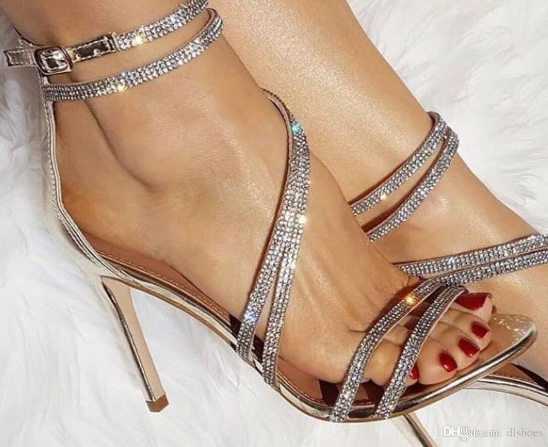 5af32ef9010f6f Acheter 2018 Été Femmes Bling Bling Sandales Diamant Talons Hauts Chaussures  De Mariage Talon Mince Dames Chaussures De Soirée Gladiateur Sandales Strass  ...