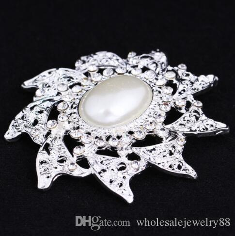 Charm Crystal Pearl Flower Corsage Brooches Silver Tone Rhinestone Sunflower Brooch Pins Lapel Pin For Women Dress Suit Accessory 5.4*5.4cm