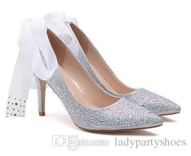 2018 Prata Bling Cravejado De Cristal De Noiva Sapatos De Casamento Sexy Dedo Apontado Mulheres Bombas Lace Tira No Tornozelo de Salto Alto Mulheres Sapatos