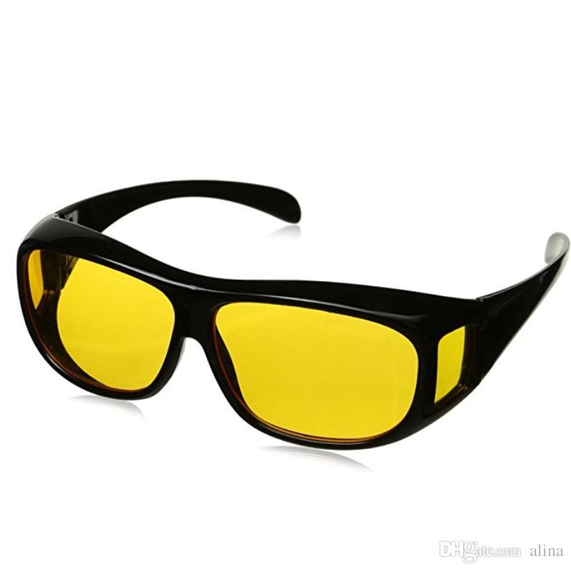 Compre Venda Quente HD Visão Noturna Condução Óculos De Sol Dos Homens Lente  Amarela Sobre Envoltório Em Torno De Óculos De Condução Escuro UV400 Óculos  De ... 8f98d19f40