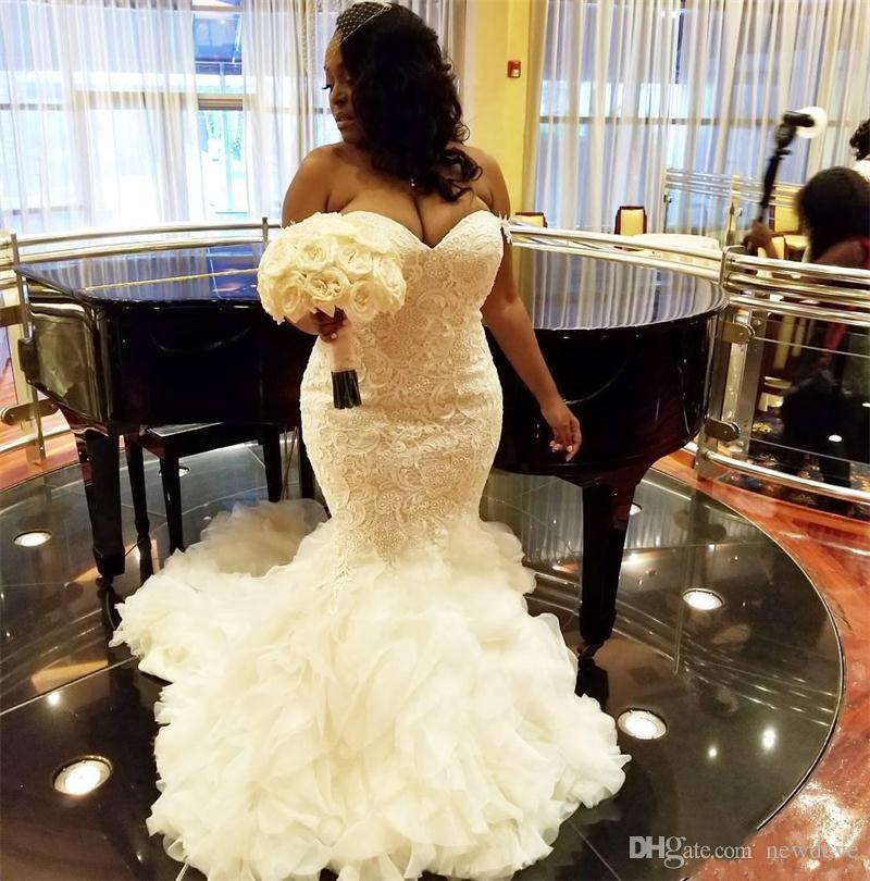 Vestidos de novia africano Tallas grandes del hombro Ruffles Sirena Vestido de boda de encaje Vestidos nupciales Dubai Vestidos árabes