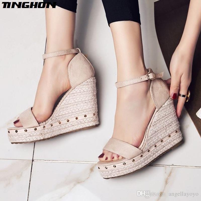 Compre Sandalias De Las Mujeres Sandalias De Plataforma De Verano Zapatos  De Tacón Alto Correa De Tobillo Sandalias De Las Señoras Remache Calzado  Informal ... 21f31efffec9
