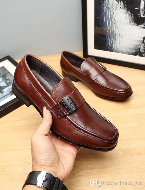 a740042ea Compre Sapatos De Moda De Alta Qualidade Homens Estilo Italiano De Luxo Deslizamento  Em Sapatos De Fivela Homens De Negócios Sapatos De Vestido Dos Homens ...