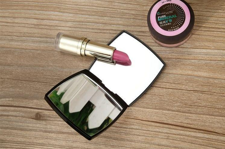 Double Side Makeup Mirror Portable Small Cute With One Magnifying Mirror And One Normal Mirror