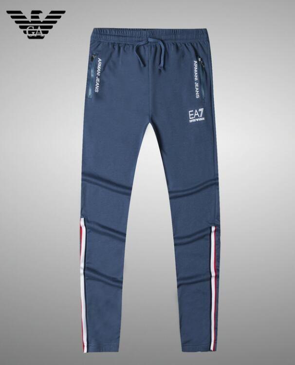 Mens Jeans Fashion Designer Jeans Sizes 28 42 Distressed Skinny Slim  Motorcycle Men s Biker Jeans Hole Beggar Hip Hop Top Men Denim Pants Jogger  Pant Pant ... 01601d2901e