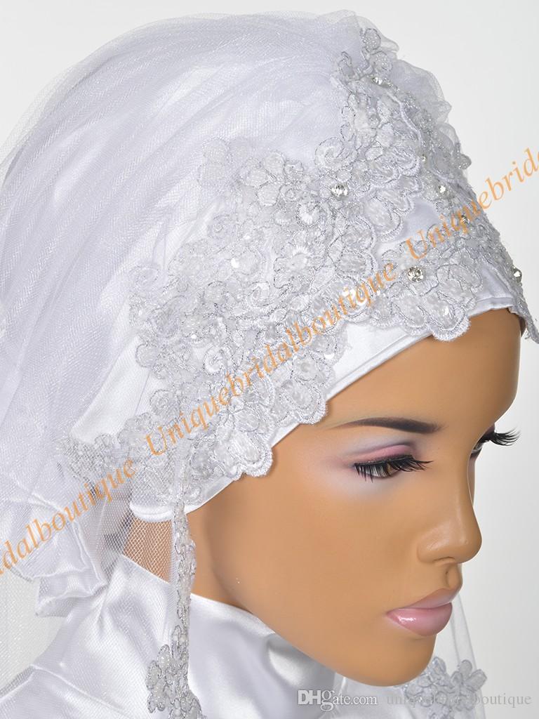 Boda musulmán Nupcial Hijab 2019 con lentejuelas Apliques de encaje plateado Cuadros reales Longitud de codo Velos de bodas islámicos Por encargo