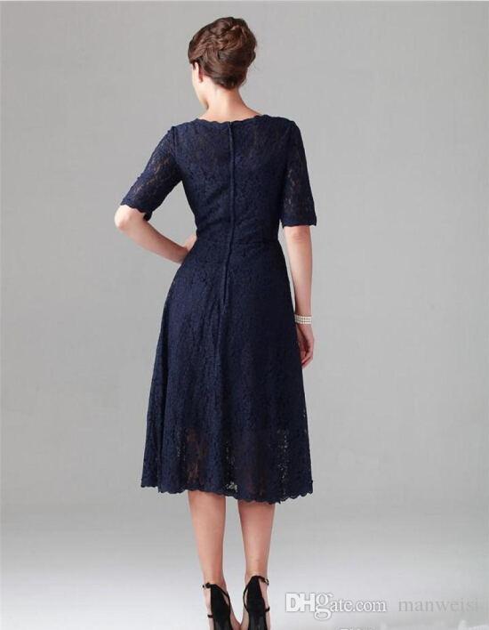 Elegante azul marino oscuro Vestidos para madre de la novia Longitud de té Llena de encaje Corta Mangas cortas Vestidos de cóctel Más el tamaño Vestido de invitado de boda