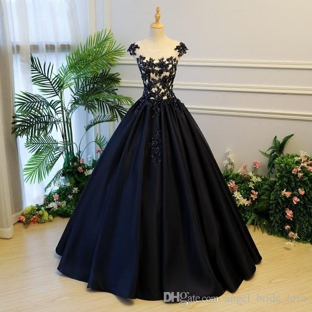 2018 New Arrival Stock Ball Gowns Quinceanera Dresses Top Appliques ... dfdc37c94119