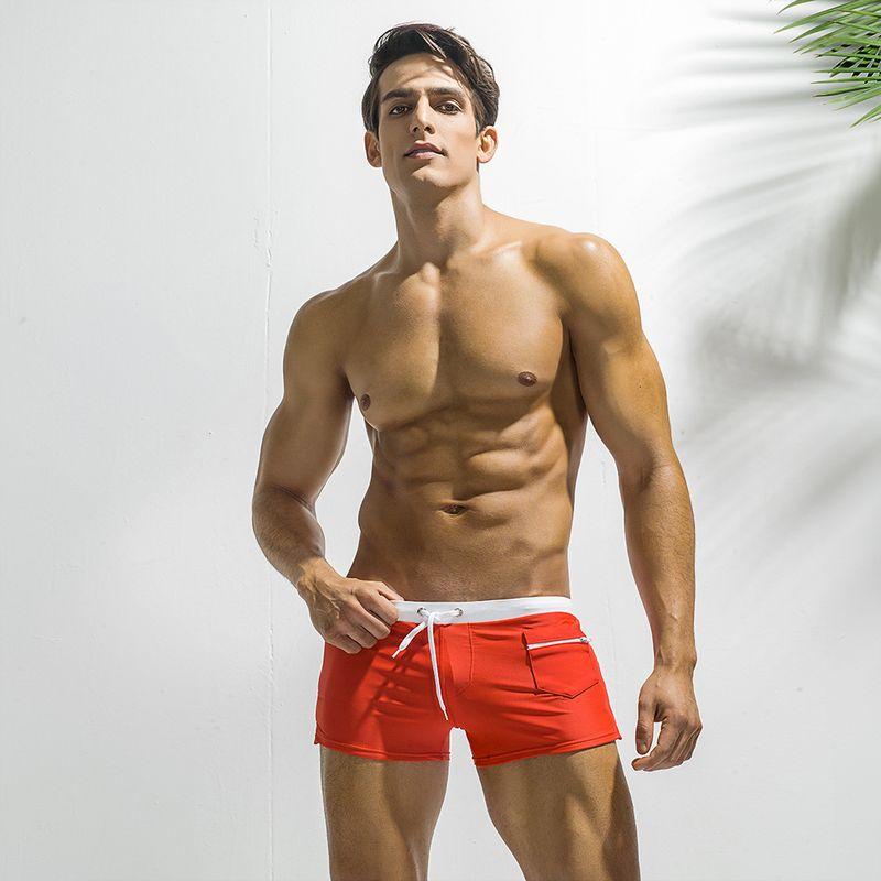 e405c675952a Nuevo Traje de baño para hombre Trajes de cuerpo Chico Trajes de baño Traje  de baño caliente Hombres Nadar Pantalones cortos de playa sólidos Trajes ...