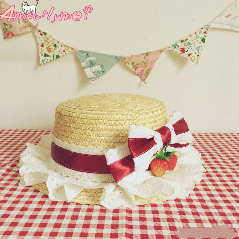 Acquista Cappelli Da Sole Cappelli Piatti Le Donne Ragazza Summer Beach Hat Stile  Giapponese Lolita Kawaii Bow Strawberry Lace Straw Hat Femminile Casual ... 9f68d1fe401c