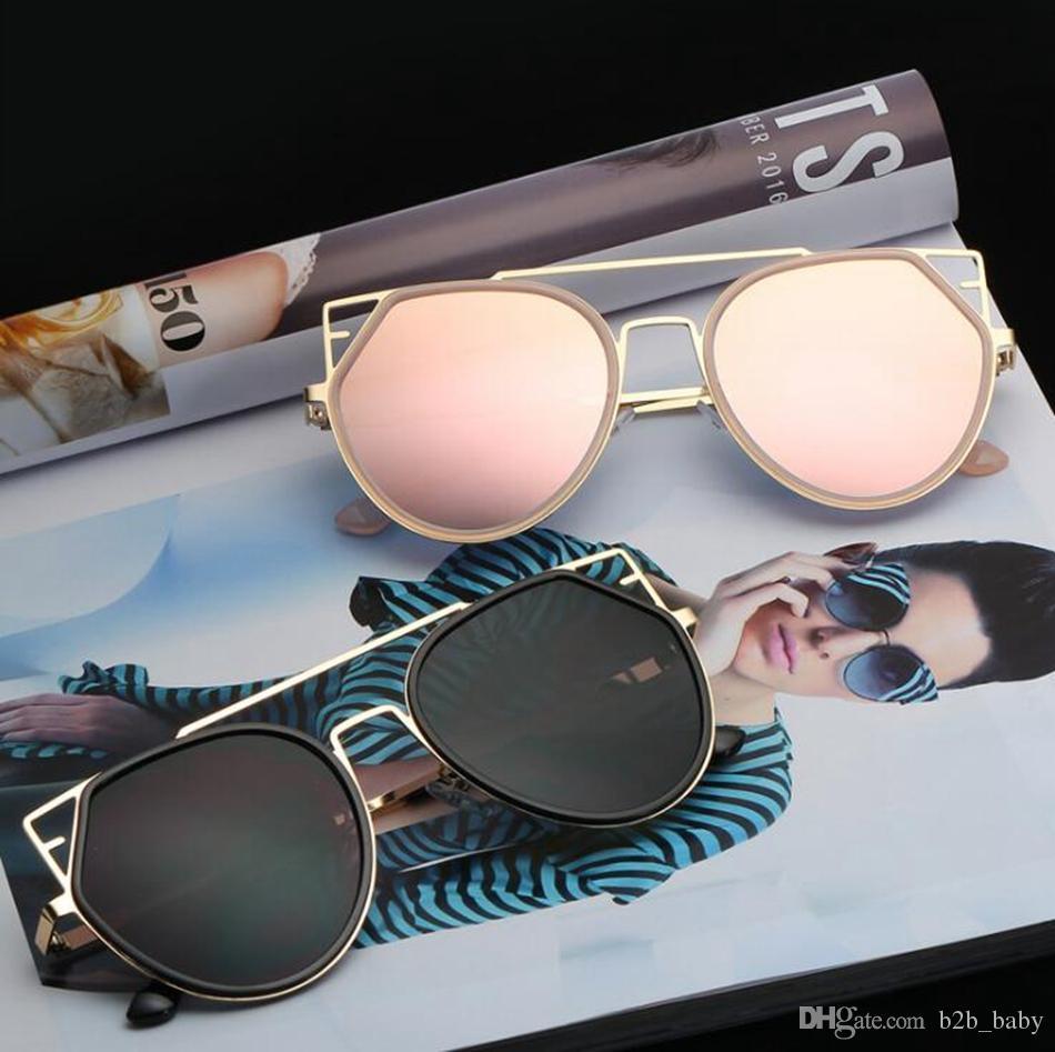 be781762e5 Compre Gafas De Sol Gafas De Sol Del Ojo De Gato De Las Mujeres Gafas  Espejo Redondo Lente Gafas De Sol De Gran Tamaño De Gato De Metal es  Ljjo4741 A $4.03 ...