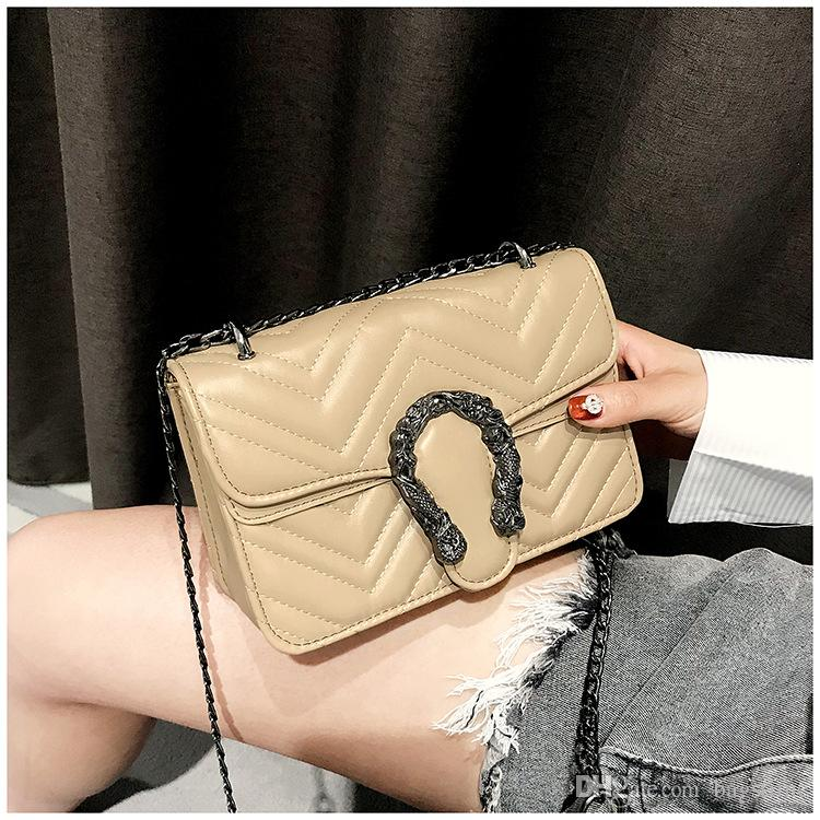 2018 new Faucet lock Europe and America retro chain small square bag Bacchus tiger head shoulder bag two layers diagonal mini handbag
