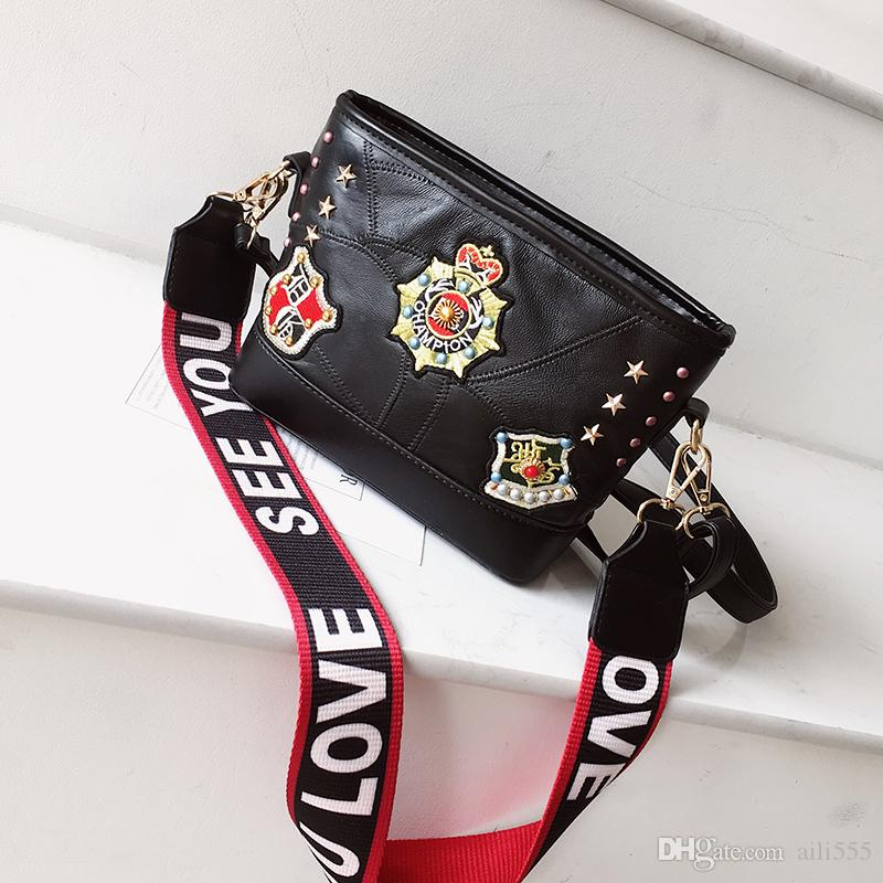 d30a4e1ae9 New Women s Handbags Casual All-Match Capacity Shoulder Clutch ...