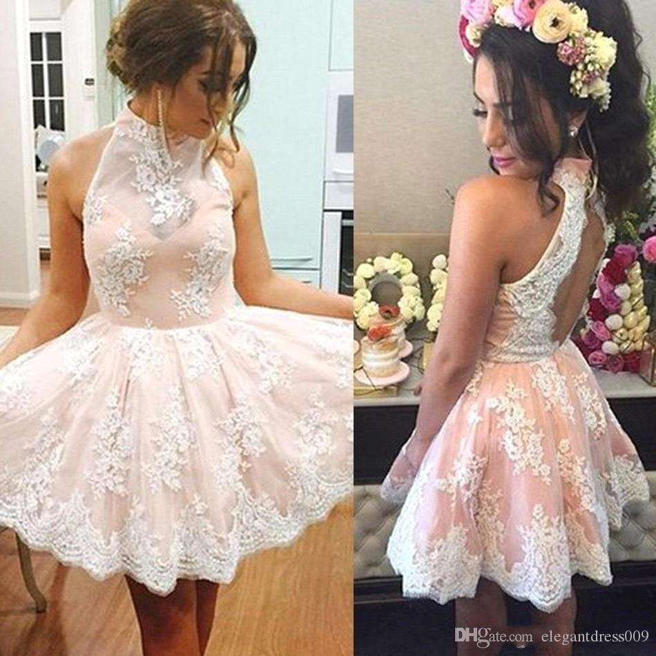 Pink Sexy Halter Neck Lace 2018 Mini Short Homecoming Vestidos Apliques Backless pliegues pliegues Cocktail Party Graduation Gown Prom Gowns