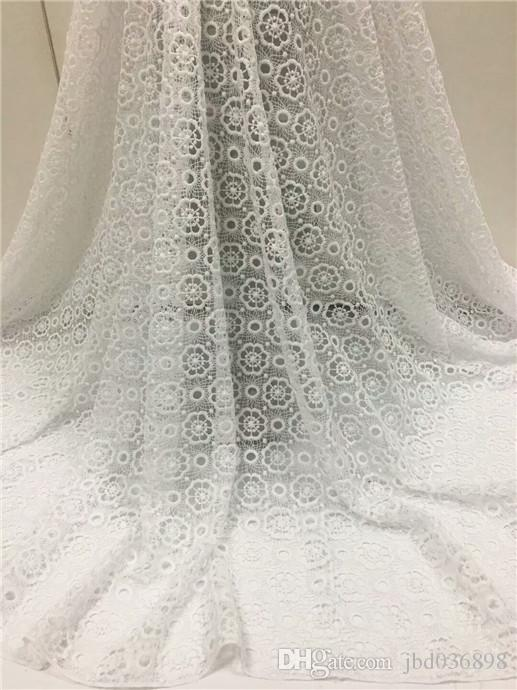 Big Sale simple design with big circle pattern White Guipure Lace Cheap Price And Water Soluble Lace Fabric