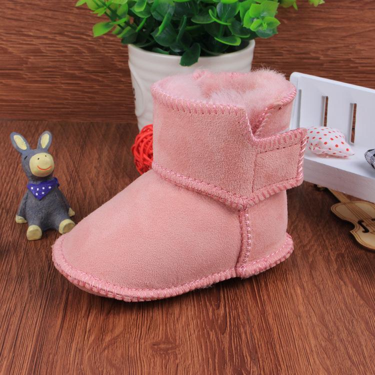 ead0f0859 Compre 2018 Bebé De Invierno Botas De Nieve Cálidas Bebé Niño Niña Botas De  Piel De Oveja Zapatos De Bebé Recién Nacidos De Piel De Lether A  36.05 Del  ...