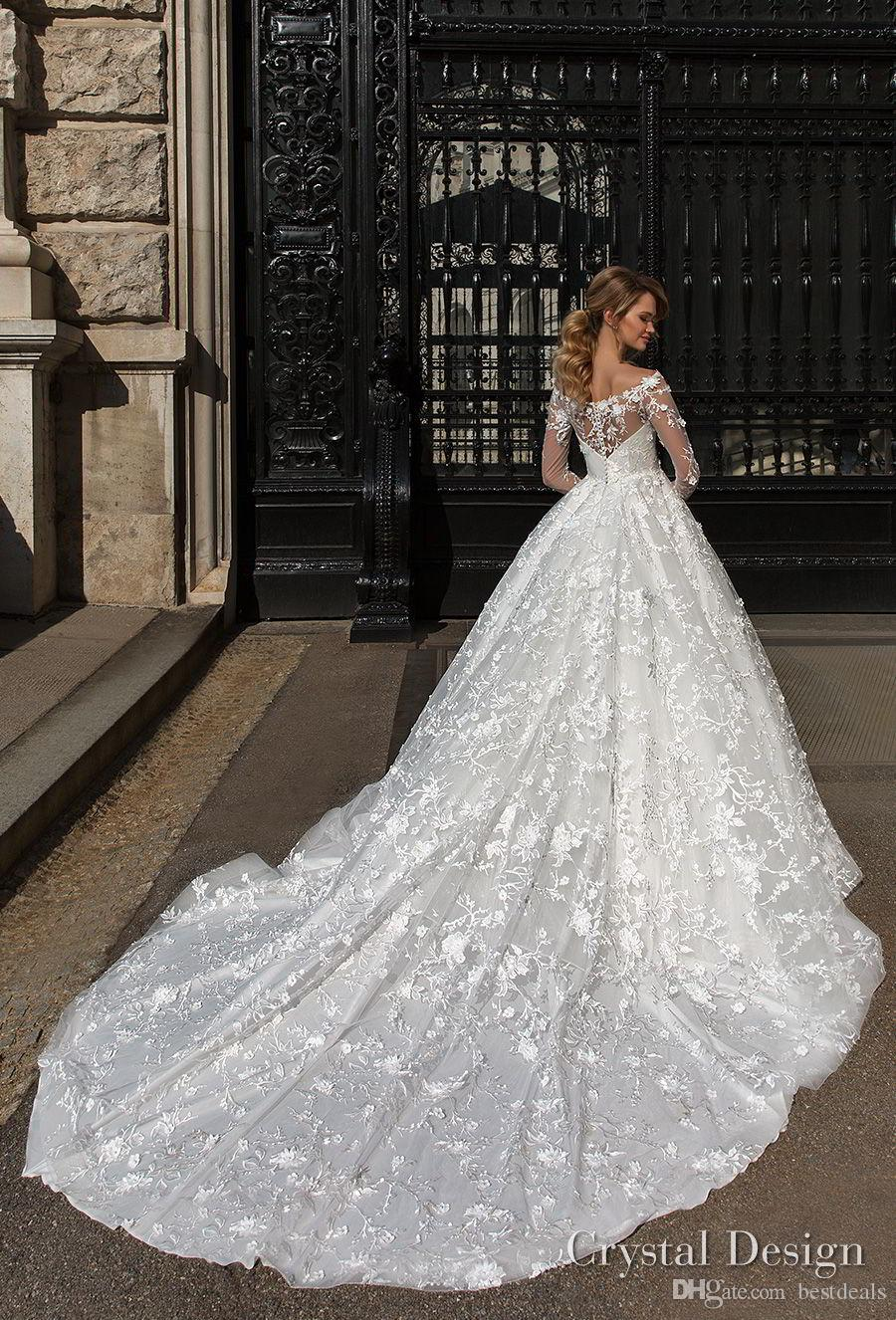 2018 Gorgeous Designer Wedding Dresses with Sheer Long Sleeves Crew Neck Full Lace Appliqued Wedding Gowns Sweep Train Custom Made