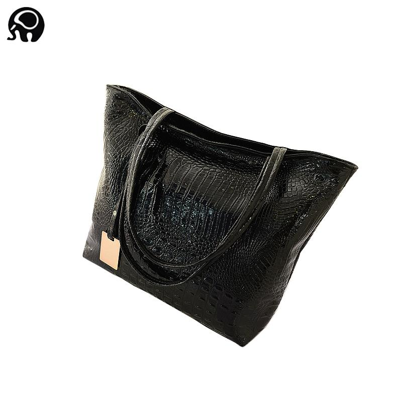 62979e829f 2018 Summer Luxury Brand Big Size Capacity Black White Shoulder Bags  Crocodile Borse Women Totes Lady Handbag Gold Silver Black Wholesale  Handbags Cheap ...