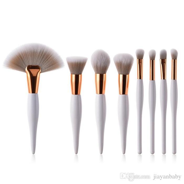 a23d29bc9951 8 pcs/set makeup brush kit soft synthetic head wood handle brushes fan flat  brush set for women eyeshadow facial make up