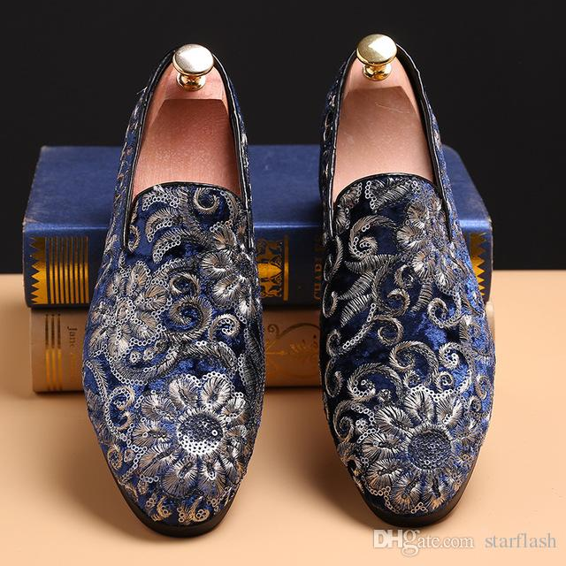 1bea975ff84 2018 British Designer Men Pointed Velvet Loafers Luxury Glitter Embroidery  Handmade Oxford Dress Shoes Male Wedding Shoes Moccasins Q 456 Boots For Men  ...