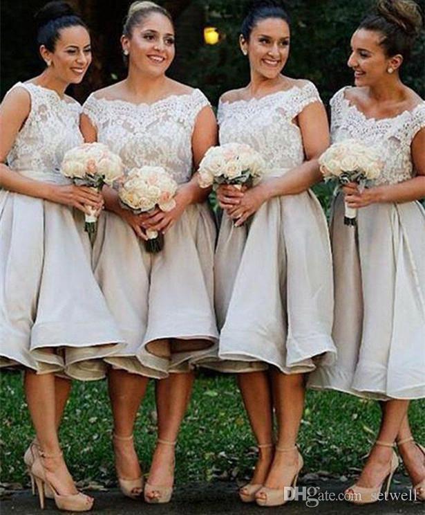 2018 Günstige Knielangen Kurze Land Brautjungfernkleider Boot-Ausschnitt Top Spitze Eine Linie Trauzeugin Hochzeit Party Prom Kleider Plus Größe