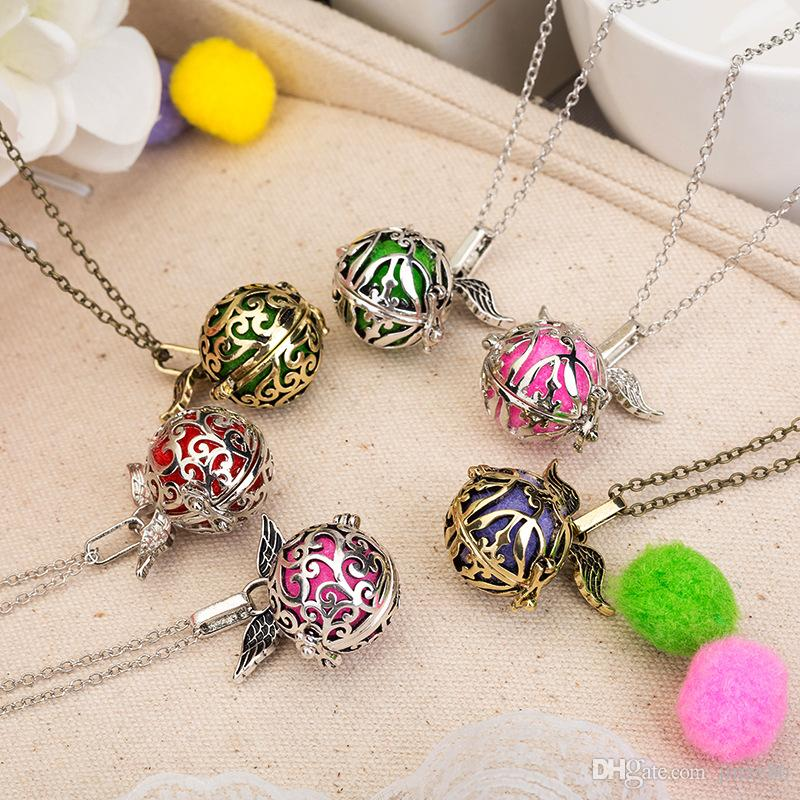 Cage Ball Design Aromatherapy Locket Necklace Silver/Bronze Color With Flower Pattern Pendant Essential Oil Diffuser Necklace For Women