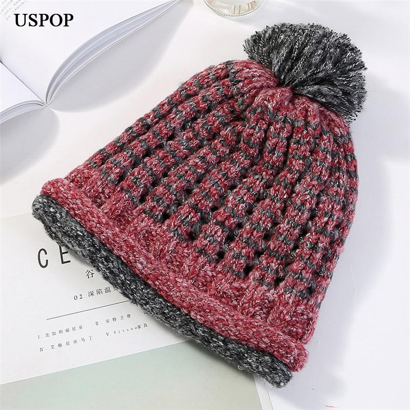USPOP 2018 New Women Hat Winter New Two Color Patchwork Knit Hat Simple  Fashion Warm Thick Beanies Casual Skullies Pompom Hats Beanie Hoodies From  ... 5c88b71d0b8b