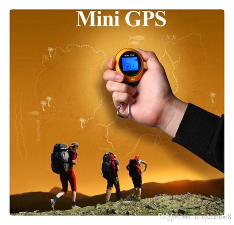Sıcak satış Mini 1.4 inç El PG03 GPS Navigasyon Bulucu 512 MB Tırmanma Açık Seyahat için Protable Anahtarlık Yürüyüş Kamp GPS Tracker