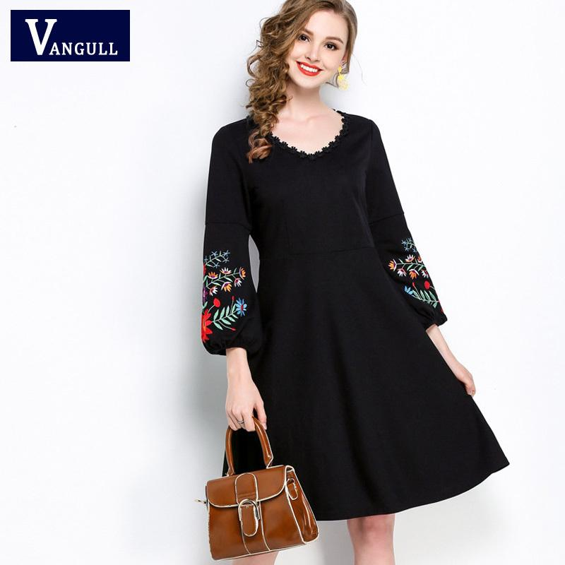 045b573ba6 Compre Vangull Plus Tamaño 5XL Verano Mujer Estilo Bohemio Vestido Bordado  Con Cuello O 2018 Nuevo Vestido Plisado Elegante Vestidos Negros C18111901  A ...