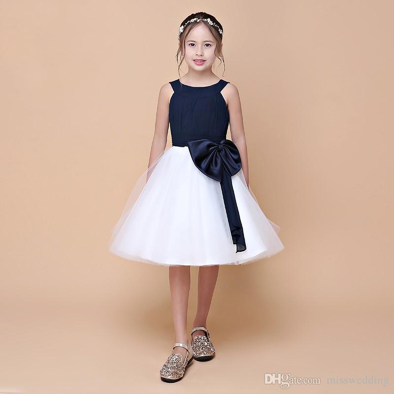 2018 frühjahr neue ankunft doppelgurte hübsches mädchen blume kleider mit schärpe navy top weißen rock kleine prinzessin kleid eren jossie marke