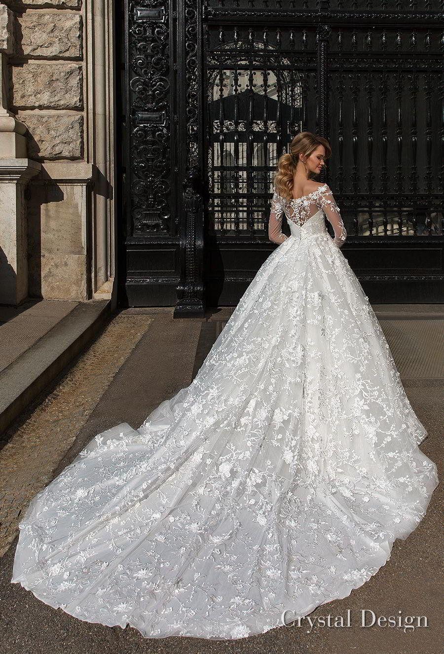 Beautiful Designer Long Sleeves Wedding Dresses 2018 Off The Shoulder Lace Appliqued Chapel Train Plus Size Church Bridal Dress