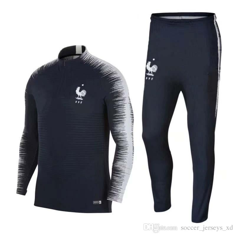Compre Mejor Calidad Camiseta De Fútbol Pogba Griezmann Mbappe Dembele  Kante Azul Camiseta De Entrenamiento De Fútbol Francia Nueva 2018 2019  Camiseta De ... 7923778c75740