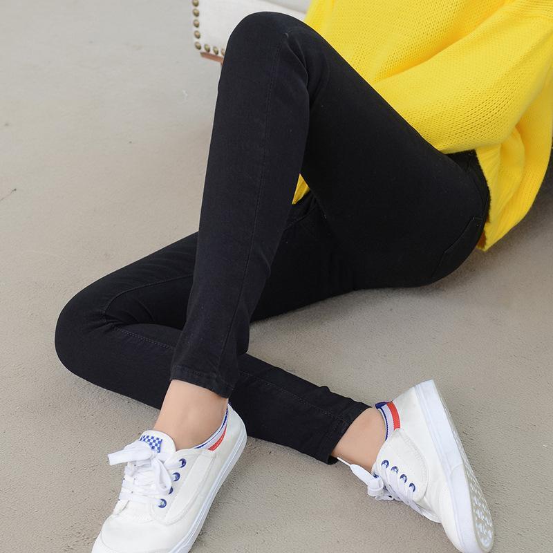 a9cff932f0 Compre QMGOOD 2018 Medias Corea Jeans Mujer Stretch Jeans De Cintura Alta Push  Up Women Classic Pantalones Coreanos Teenage Trousers Black Blue 32 A   30.03 ...