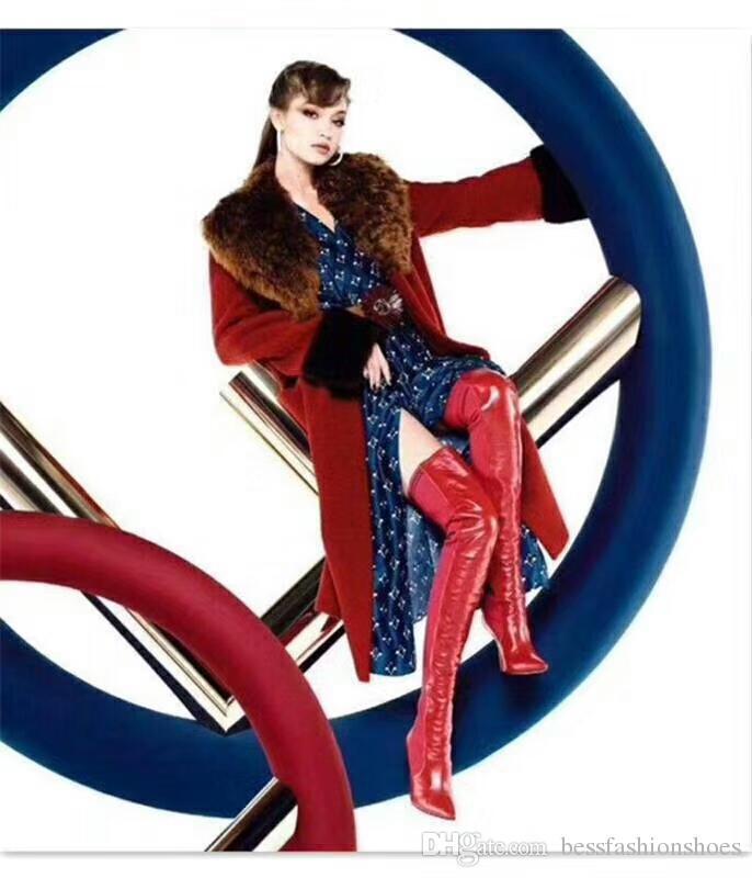 Winter-rote Frauen-Schenkel-hohe Aufladungen elastische Socken-Aufladungen spitz Zehen-Beleg auf Frauen über Knie-hohen Schuhen Laufbahn-Motorrad-Aufladungs-Herbst-Schuhen