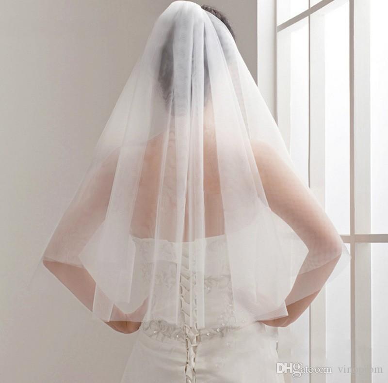 Economici Veli da sposa Breve Tulle Bianco Avorio A due strati Bordo taglio Velo da sposa Mariage Accessori da sposa 2018