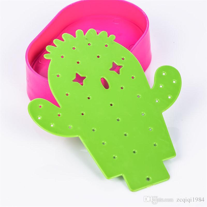 new creative Design Green Cactus Shape jewelry stand Plastic Jewelry Display Rack Stands Earring Necklace Bracelet Storage Box