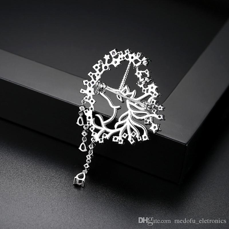 New Fashion 18K White Gold Plated CZ Unicron Brooches Pins for Men Women for Wedding Party Nice Gift