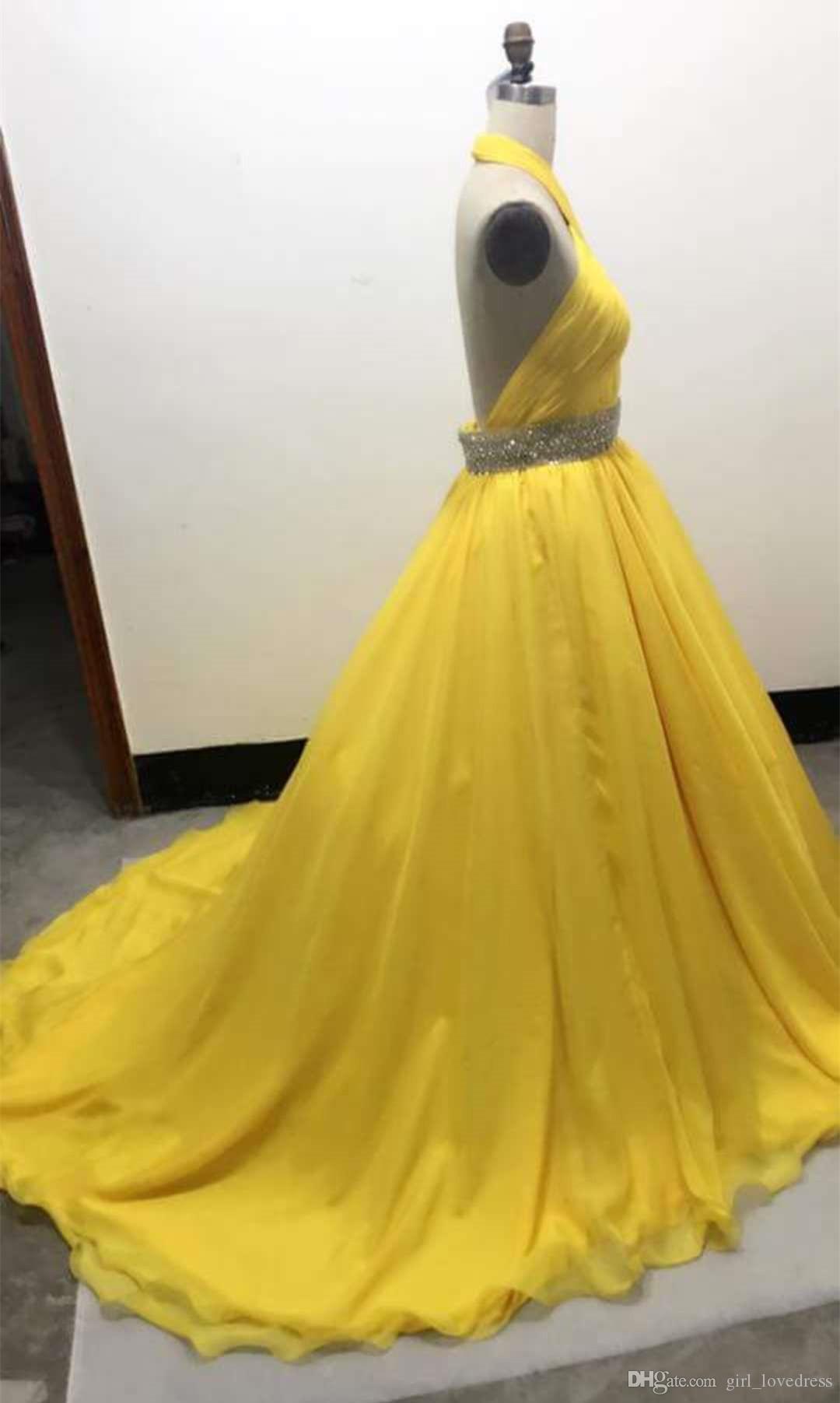 Echte elegante Frauen Halter ärmellose lange Meerjungfrau V-Ausschnitt Perlen Prom Kleider 2018 Backless gelbe Abend Party Kleider nach Maß