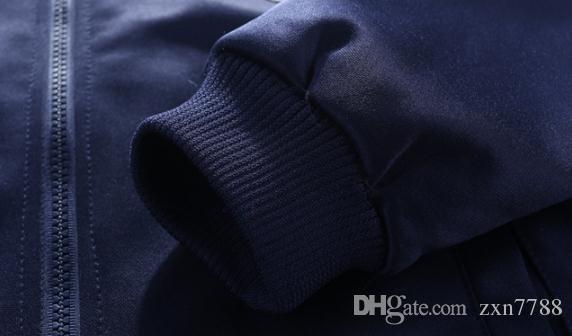 2018 neue Herbst und Winter Mode Herren-Sportbekleidung dreiteilige Anzug Slim-Mode Pullover Männer