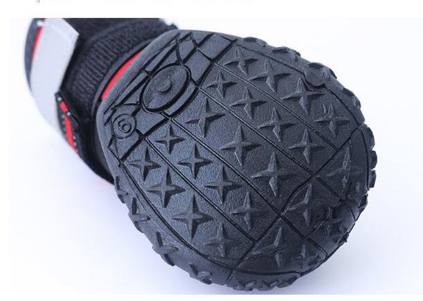 New Design Waterproof Pet Shoes Outdoor Sport Boot Protect Not To Hurt Fashion Dogs Shoes for Large Dogs Labrador Husky Shoes