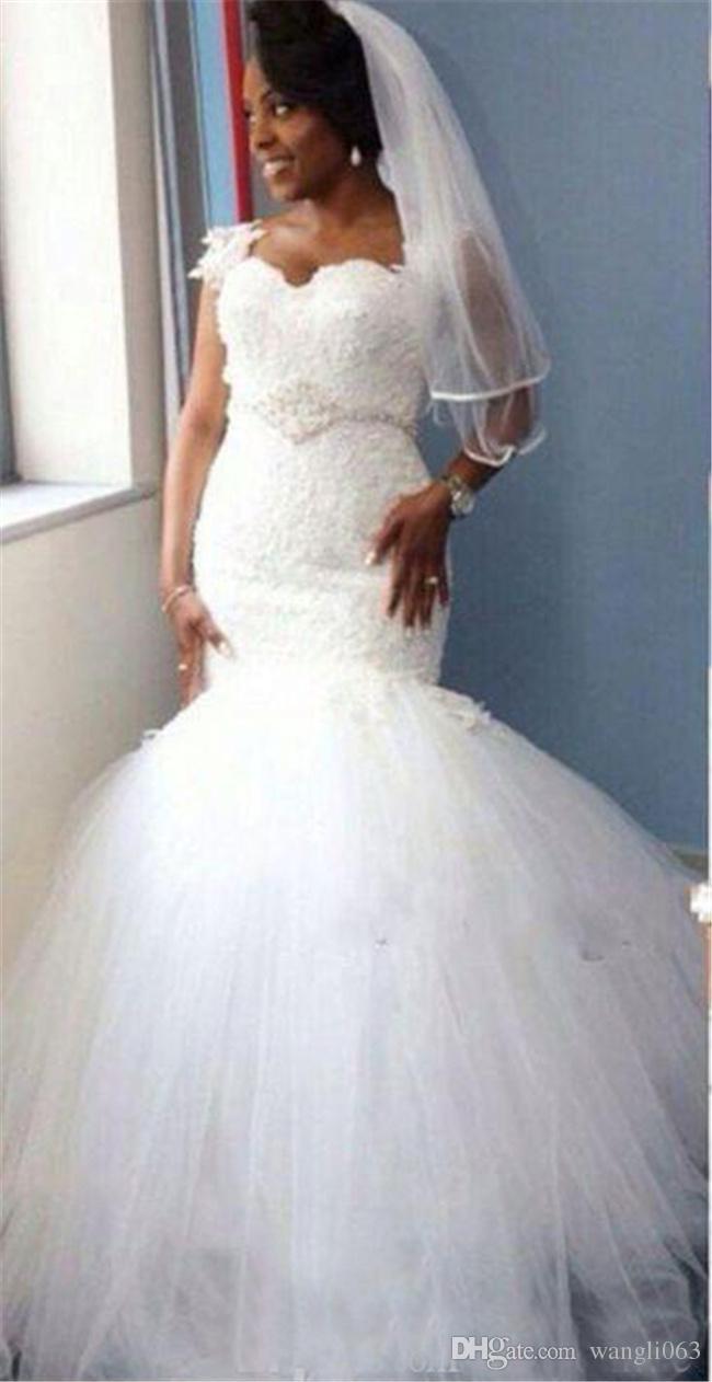 Dubaï Mermaid Dentelle Robes De Mariée Plus Taille Saoudite Arabie Sweetheart Cou Sequins Courroie Perlée Robes de mariée Appliques