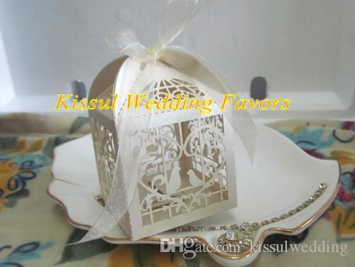 Cheapest wedding souvenirs candy box of Love birds design and LOVE Heart Laser cut favor box For Bridal showers