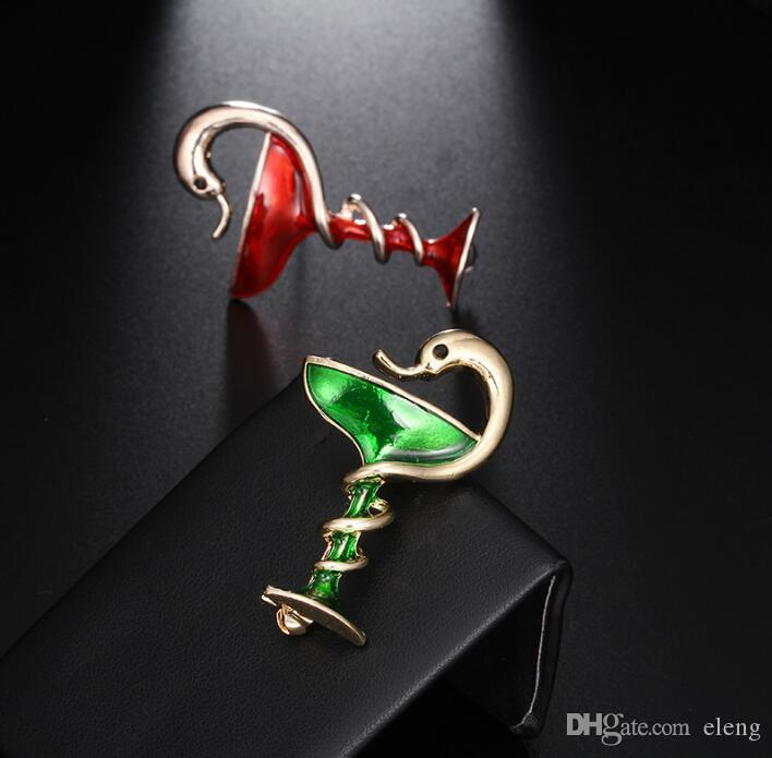 2018 United States Cute girl diamond little snake Brooch brooches rhinestone Clothing accessories Pins Party Prom Women pin 52