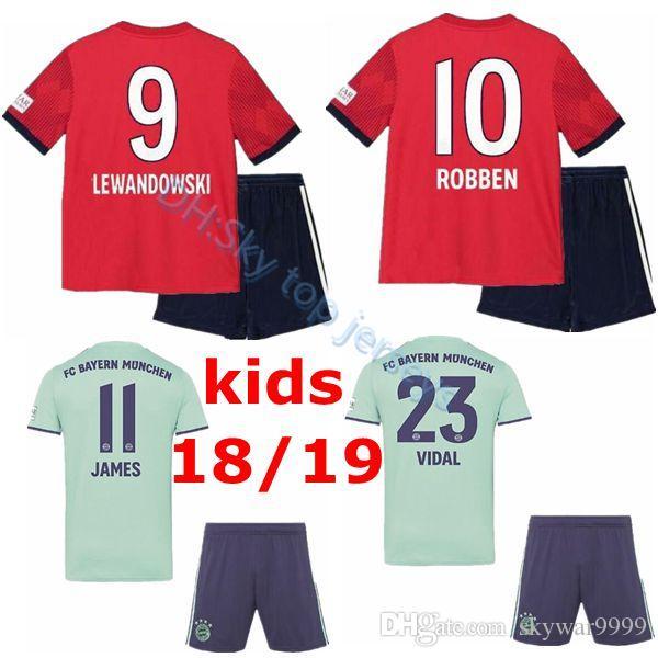 Compre Bayern Futebol Jersey Crianças Kit 18 19 Bayern De Munique Casa De  Futebol Vermelho   25 MULLER   11 JAMES Criança Futebol Camisas De Uniforme  Jersey ... 60b11c597116b
