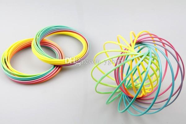 Wholesale 13CM green PVC plastic seven rainbow ring crystal luminous decompression bracelet magic toy FLOW RING