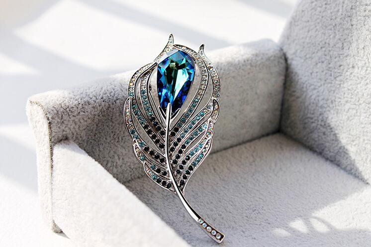 Spilla di cristallo della personalità dell'albero di modo della piuma del pavone utilizzata da donne e uomini YP3359